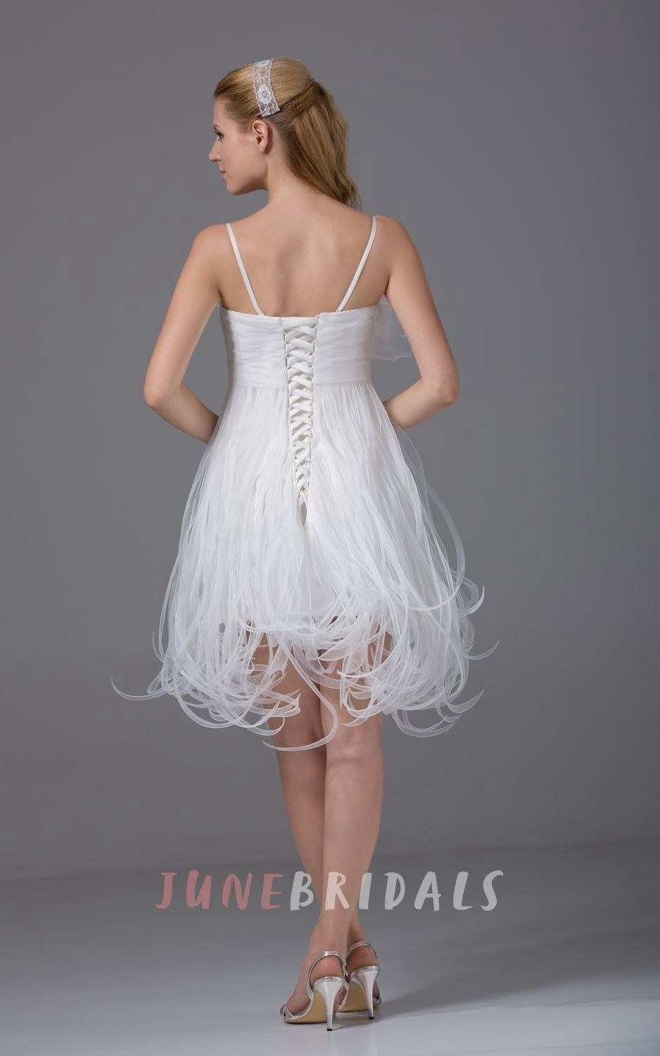Lovely spaghettistrap kneelength dress with thread design knee
