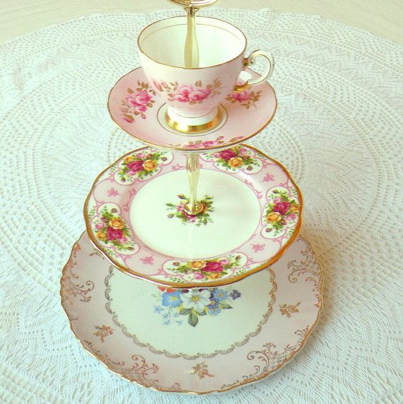 Just perfection!    Alice Goes to London Roses & Pink 3 Tier by highteaforalice, $225.00