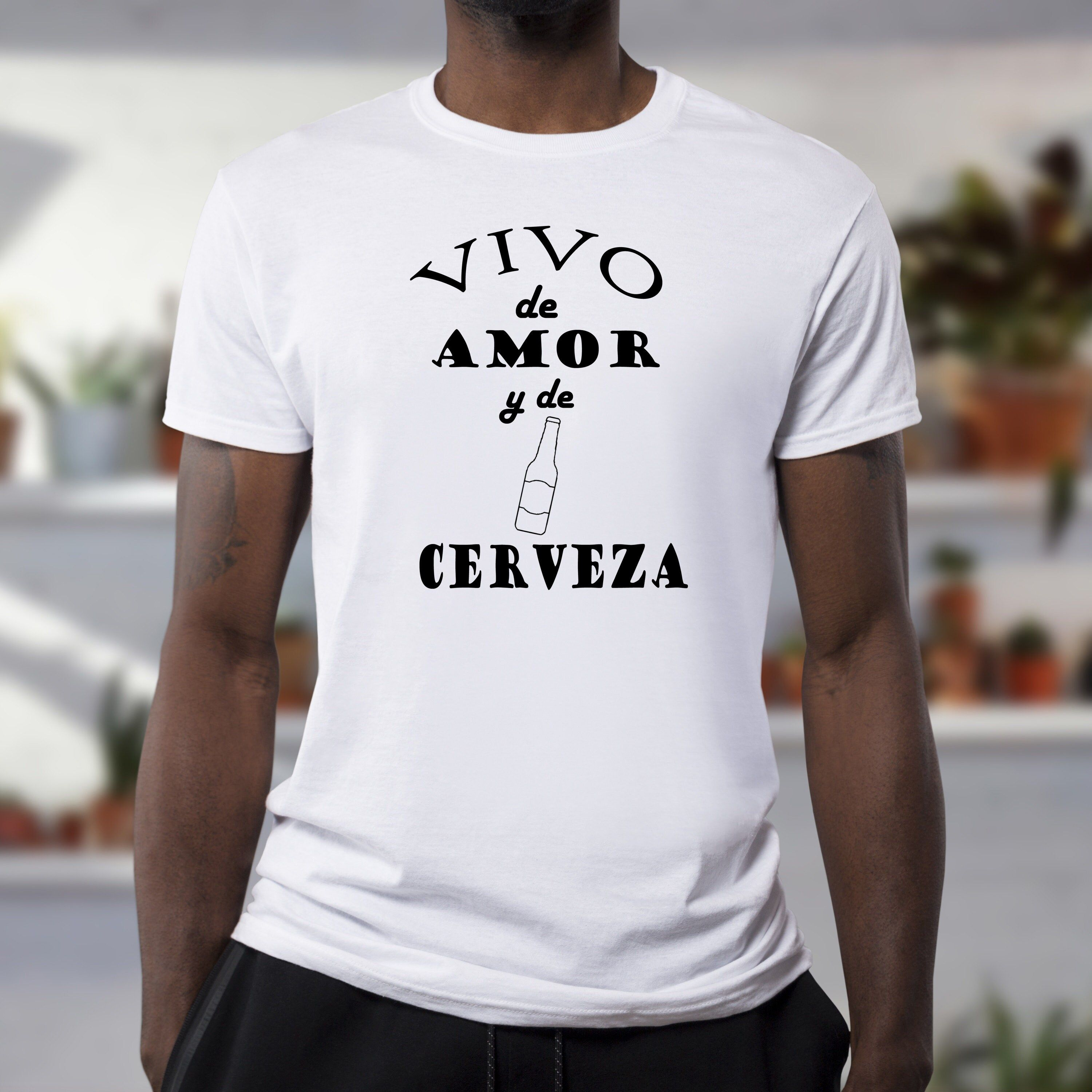 """""""Vivo De Amor y De Cerveza T-Shirt, Dad T-shirt, Daddy T-shirt, Father Day T-shirt, Gift T-shirt. Birthday T-shirt. Text will be sized depending on size of shirt. Shirts are in UNISEX sizing for a relaxed fit. Text on shirts are a SEMI-GLOSS FINISH vinyl. Sizing: Chest x Body length in inches (chest is measured from armpit to armpit) XS 16 1/2\""""x 27\"""" S 18\""""x 28\"""" M 20\""""x 29\"""" L 22\""""x 30\"""" XL 24\""""x 31\"""" Shipping and Policies Please make sure address for shipment is correct as i cannot change it"""