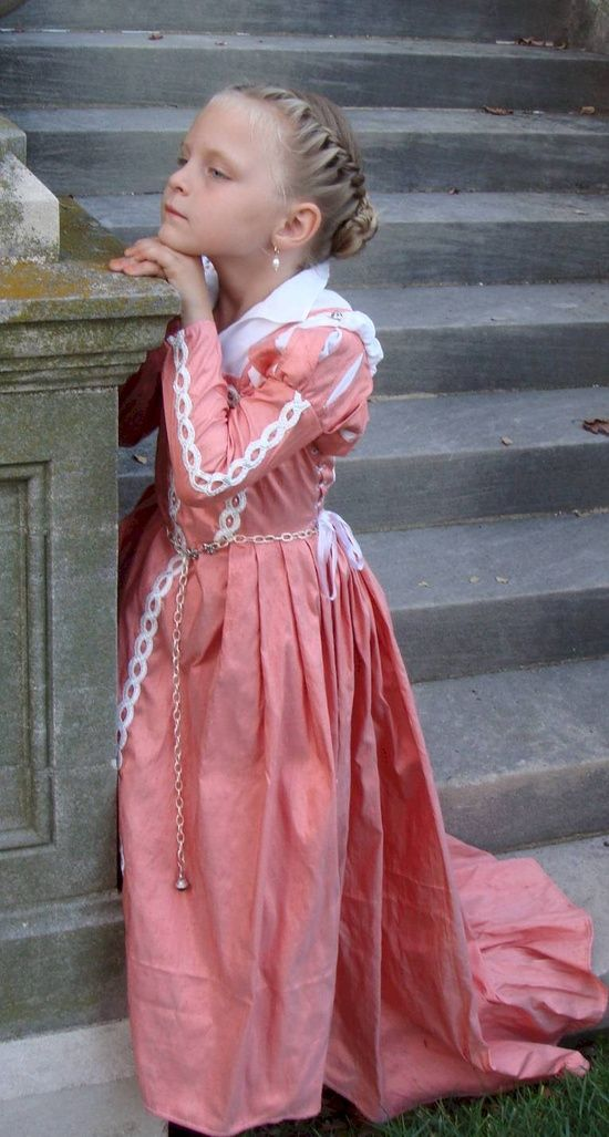 Little Girl in Elizabethan Costume | medieval 2 | Pinterest ...