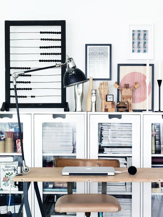 Petra Bindel's office