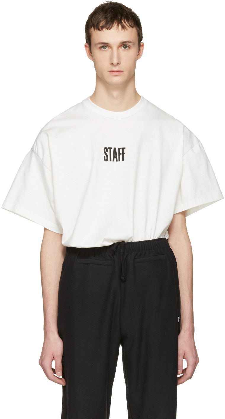 3470f4a13615 VETEMENTS White Hanes Edition Quick Made Oversized 'Staff' T-Shirt. # vetements #cloth #t-shirt