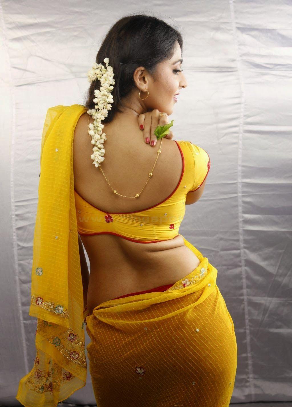 Anushka Shetty Sexy Saree  Bollywood  Yellow Saree -5508