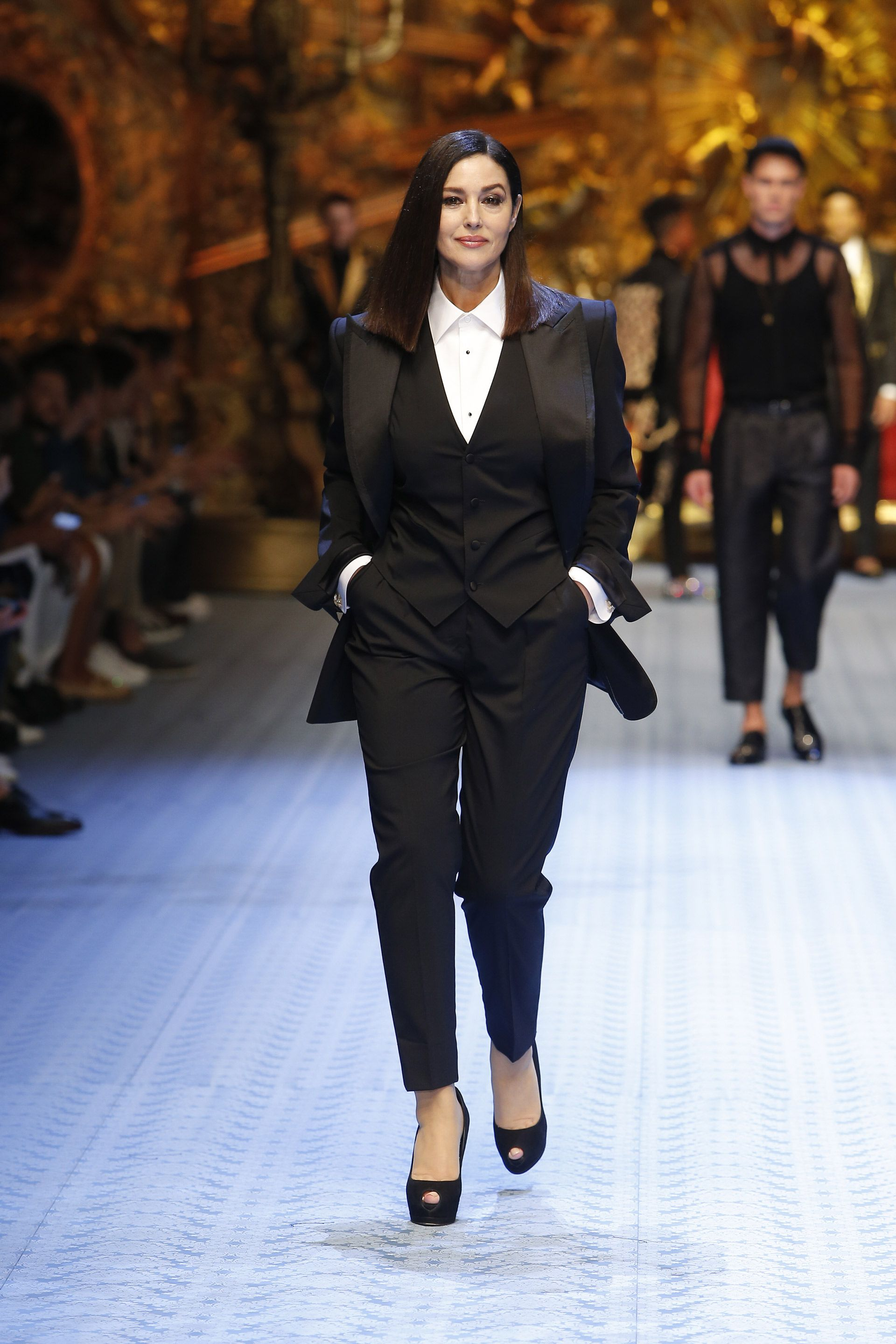 5ef9c2232 Monica Bellucci for Dolce and Gabbana men 2018 | women in suits in ...