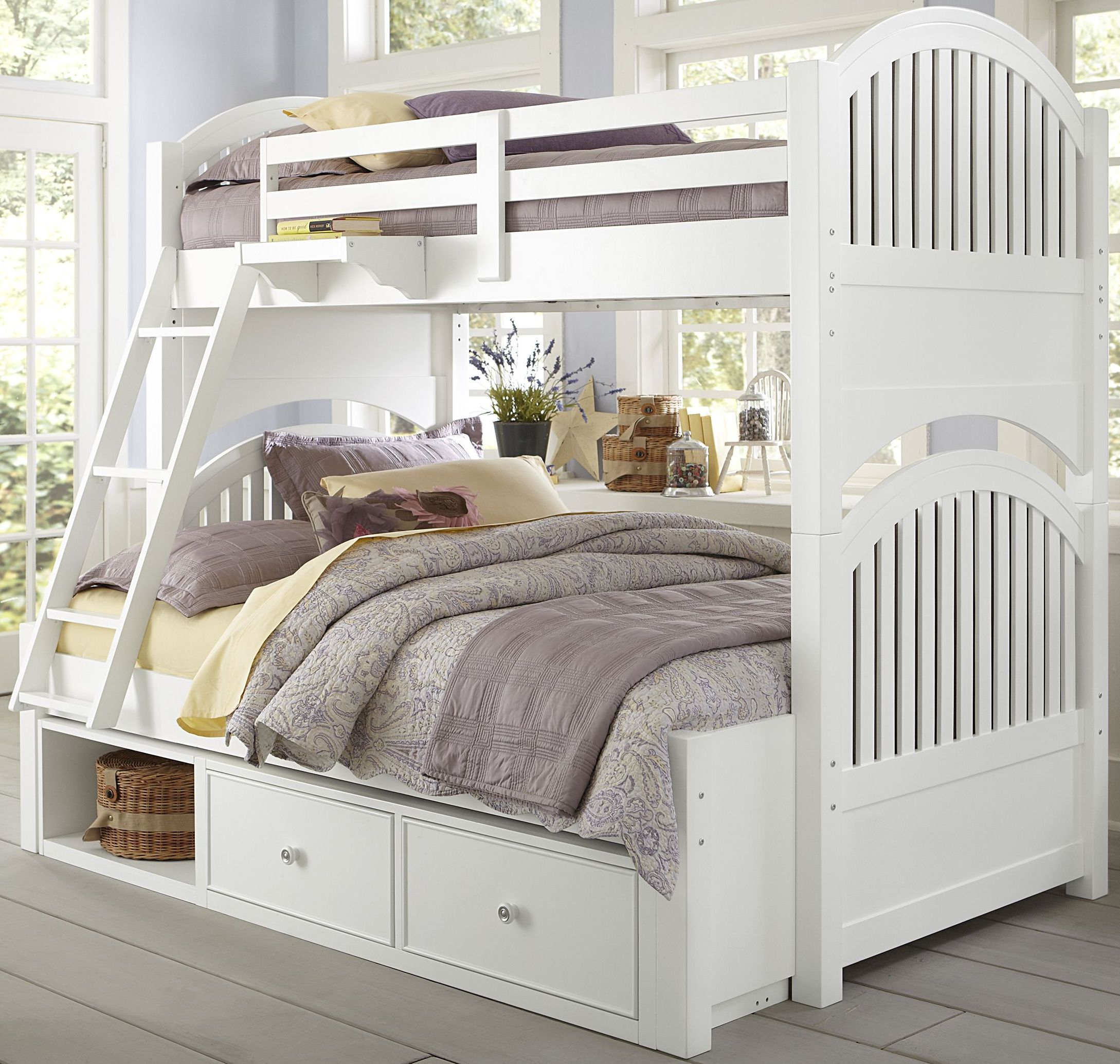 Lake House White Adrian Twin Over Full Bunk Bed With Storage 2段