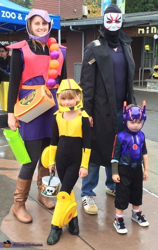 Big Hero 6 Family Halloween Costume Contest At Costume Works Com Big Hero 6 Costume Family Costumes Family Halloween Costumes