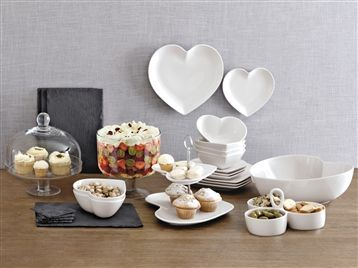Cake Stands| 1 Tier 2 Tier u0026 3 Tier Cake Stands & I have fallen in love with this heart shaped dinner set | Eat ...