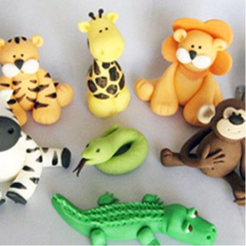 Home set of 9 fondant safari animal cake and cupcake for Animal cake decoration