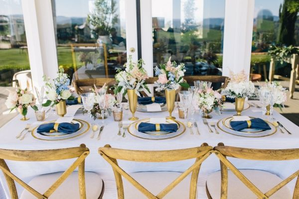 Seersucker Table Linens In Pale Blue And White With Sweet Southern Decor |  Lisa Mallory Photography
