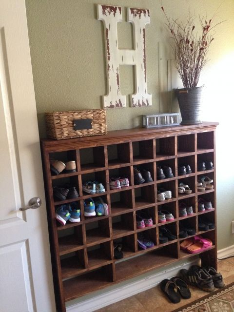 Inspired by a vintage mail sorter, this DIY shoe cubby is the - meuble a chaussures grande capacite