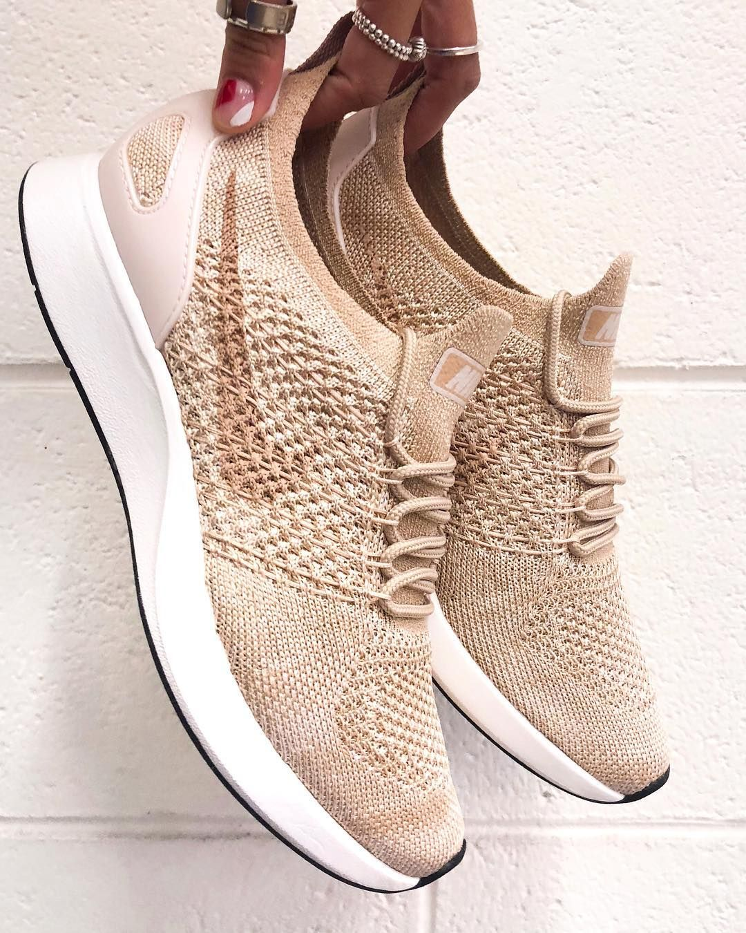 Nike Air Zoom Mariah Flyknit Racer Beige White Sportstylist Beige Shoes Outfit Tan Nike Shoes Stylish Sneakers