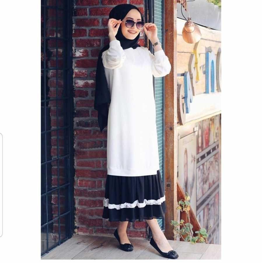 Etek Kismi Firfirli Tesettur Elbise Beyaz 68 Tl Tesettur Salvar Mod Tesettur Salvar Modelleri 2020 2020 Moda Stilleri Elbise Giyim