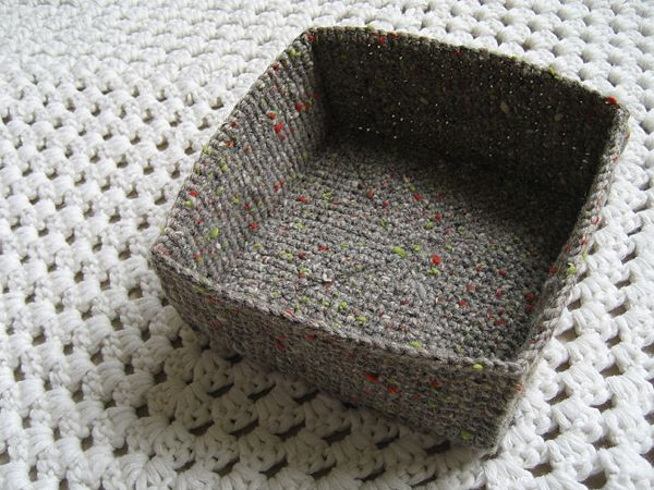 easy square crochet projects