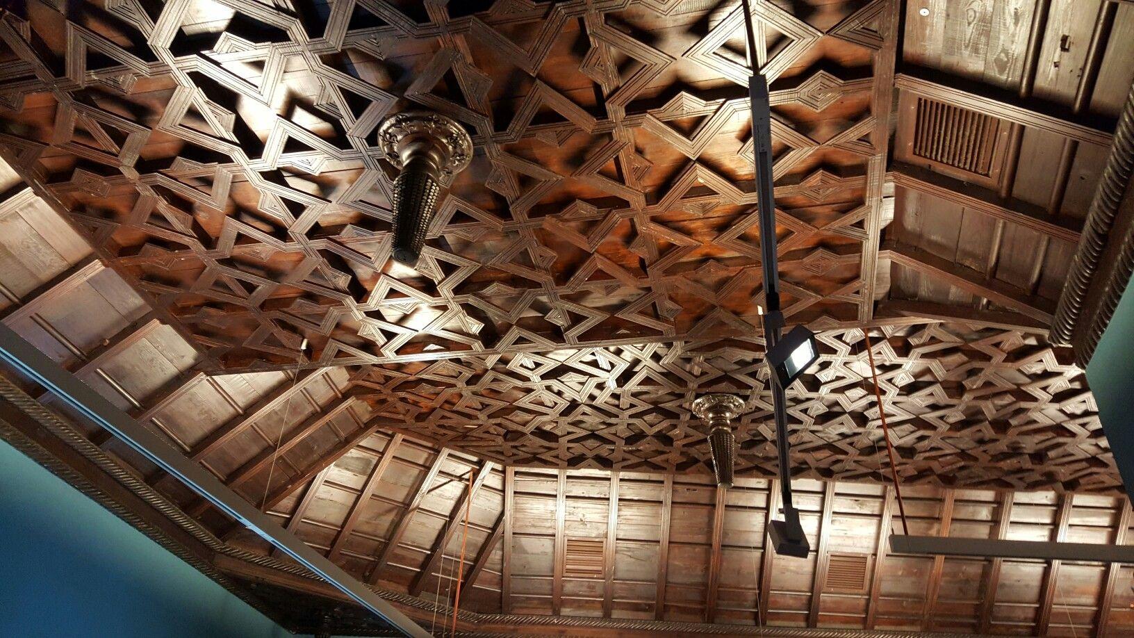 Artesonado de madera de tea madera volcanica casa de - Casas de madera en gran canaria ...