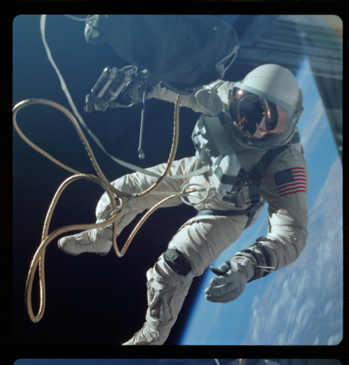 The Gemini astronauts also took some of the most memorable photos in NASA history. You'd think we would have seen them all by now. But with Nasa's help and funding, a team of researchers at Arizona State University led by lunar scientist Mark Robinson has retrieved from the archives dozens of outtakes that never made it into wide circulation.