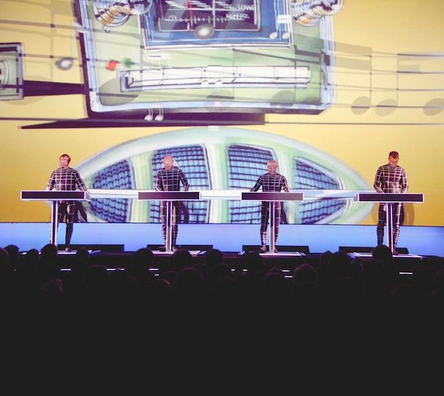 Kraftwerk en el MoMA, foto por Erez Avissar