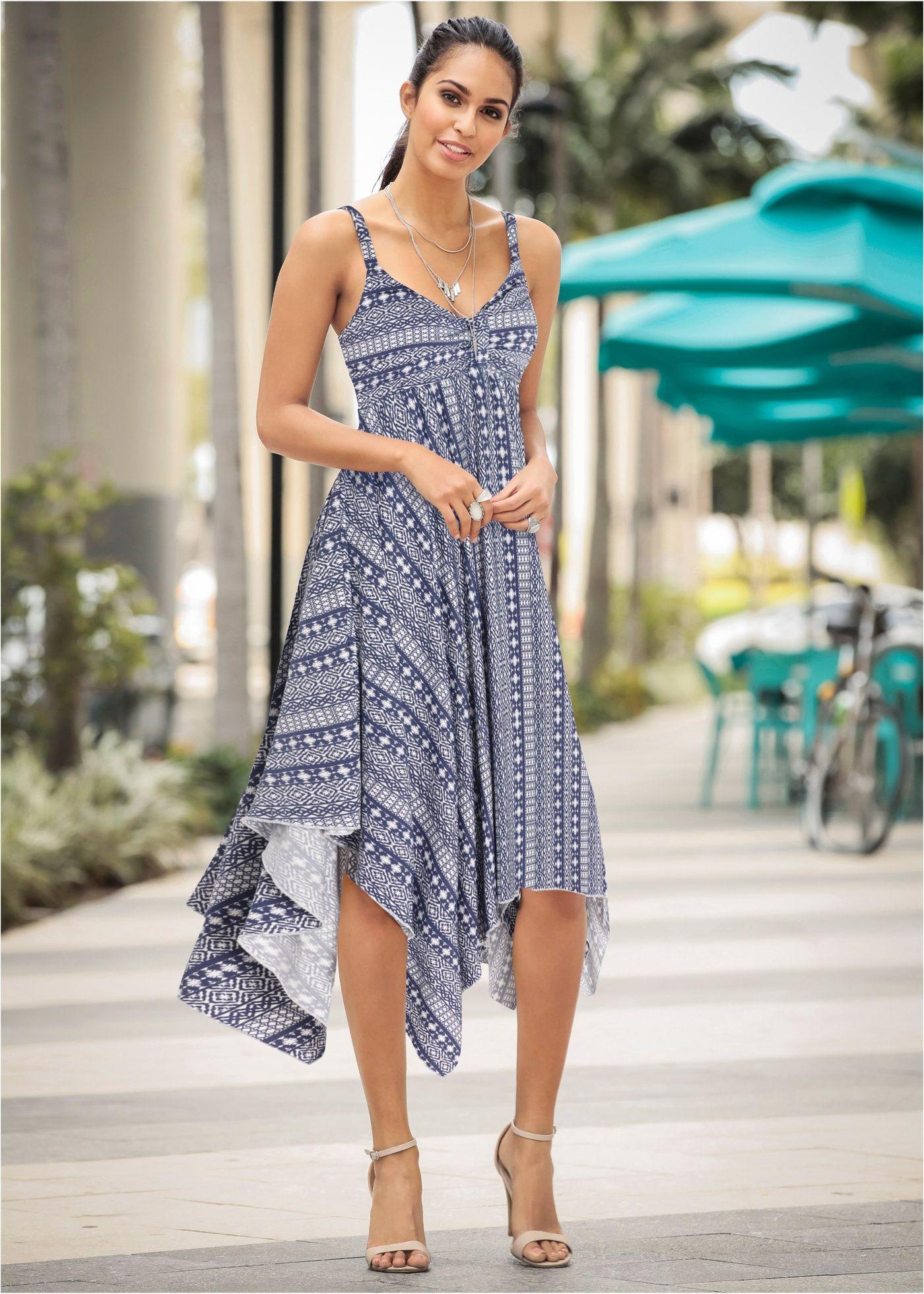 851812171 Vestido com pontas assimétricas crú/azul escuro estampado encomendar agora  na loja on-line bonprix.com.br R$ 109,90 a partir de Uau! Este vestido é  para .