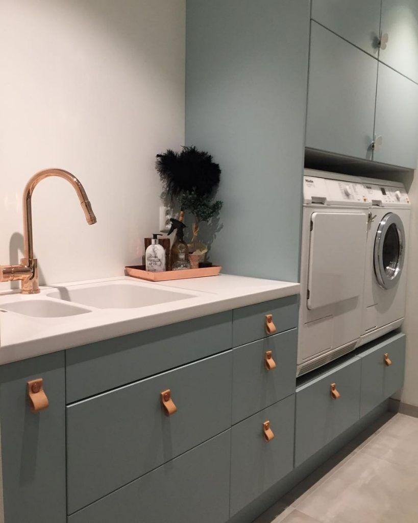 Herlige farger, god oppbevaring vaskerom