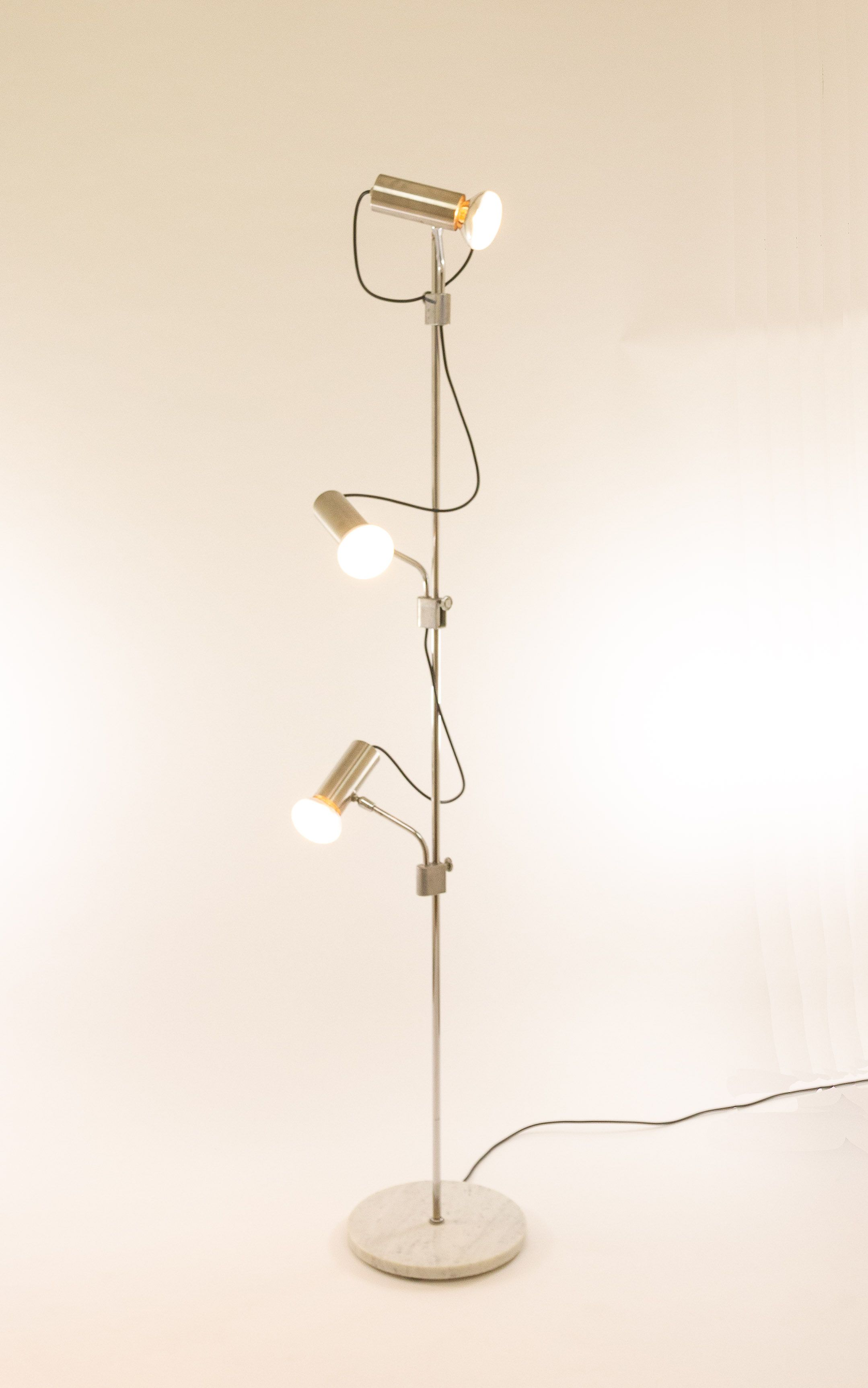 Italian Chrome Floor Lamp With Three Spots And A Marble Base In 2020 Floor Lamp Lamp Chrome Floor Lamps