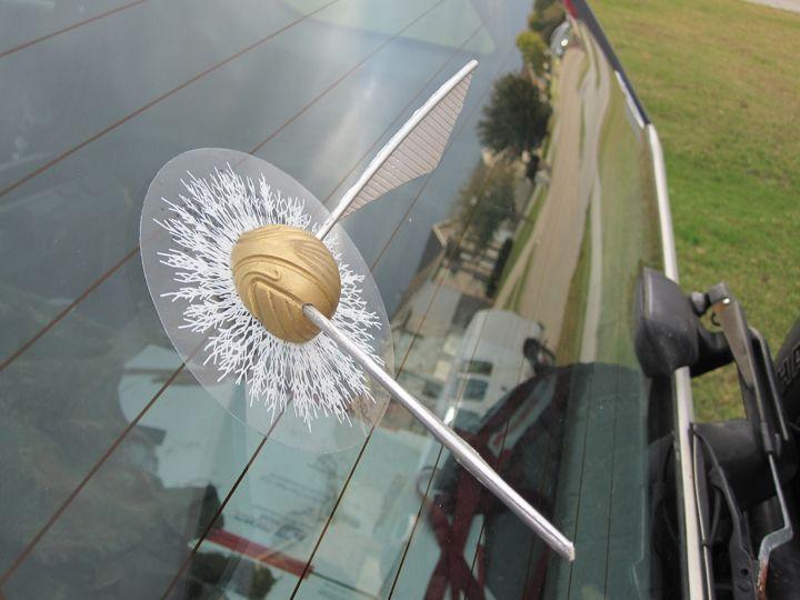 Gold Snitch Window Splat