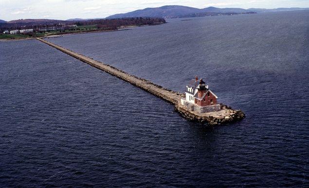 36 Striking Lighthouse Seascapes Budget Travel Maine Vacation Maine Lighthouses Beautiful Lighthouse
