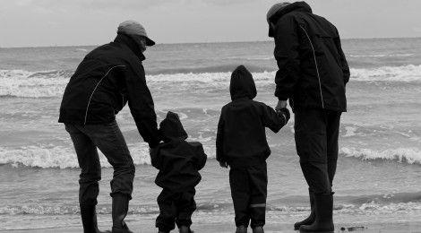 10 Mandamientos para educar a nuestros hijos www.sabiduriademami.com www.facebook.com/sabiduriademami @Sabiduria de Mami