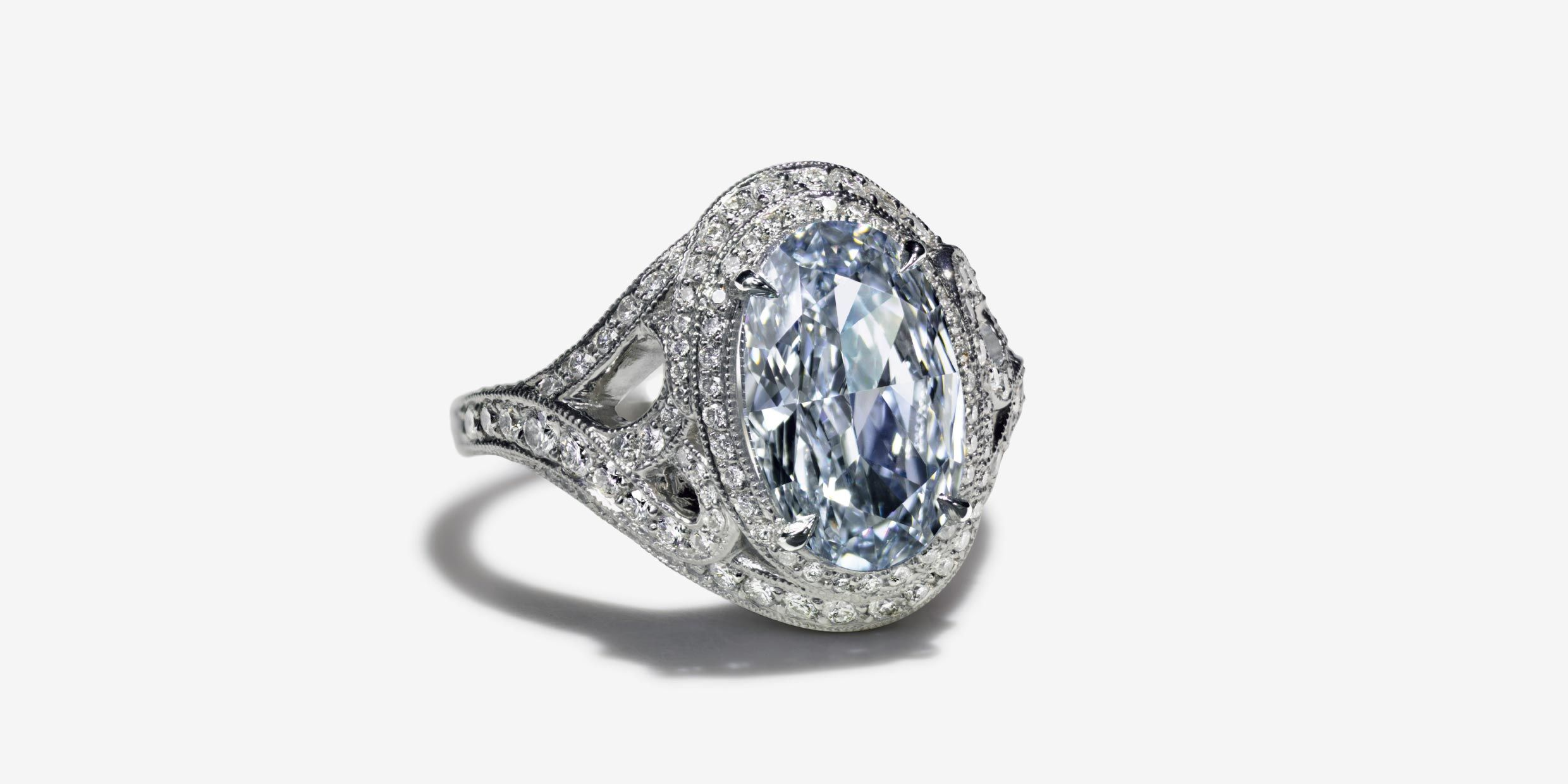 2c70a0df4 Wave ring in platinum with a 3.03-carat Fancy Intense Blue diamond. |  Tiffany & Co.