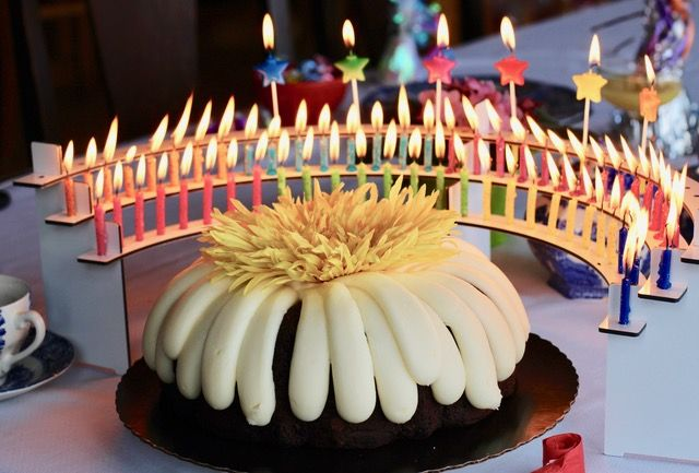 Wonderful Way To Display Your Birthday Candles With A Celebration Stadium Candle Holder Semi Circle Around Cake Avoids Wax Drips On