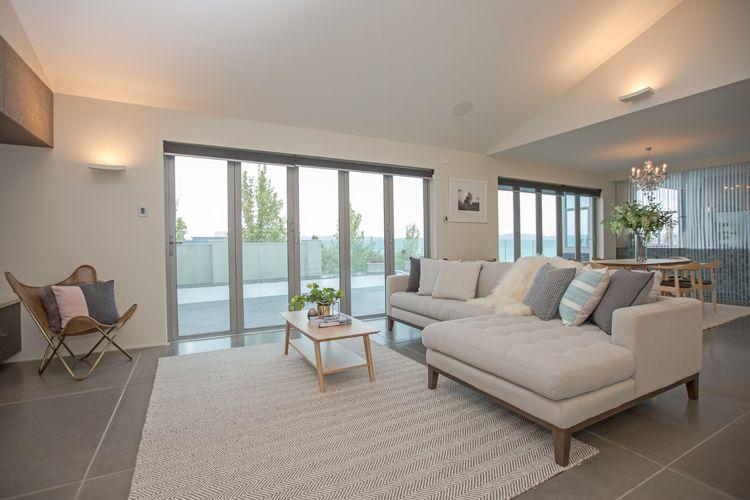 Open Plan Living Formal Living Area Dining Room Large Concrete Floor Tiles Chaise Lounge Neu Open Plan Kitchen Living Room Huge Houses Concrete Tile Floor