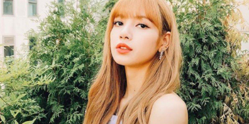 Black Pink S Lisa Becomes The Fastest K Pop Idol To Hit 10 Million Instagram Followers Pop Idol Blackpink Lisa Kpop Idol