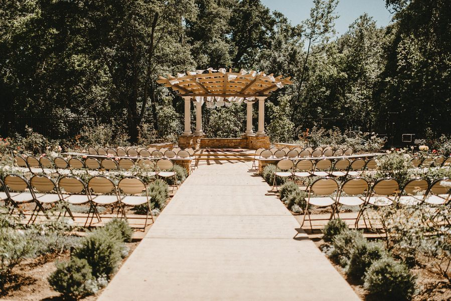 Danielle Brenden Wedding At Creekside Rose Garden Chico Ca Wedding Wedding Venues Real Weddings
