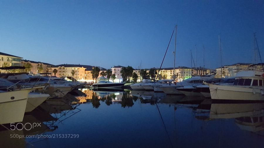 Frejus Harbor during the night by mafmazi from http://500px.com/photo/215337299 - . More on dokonow.com.