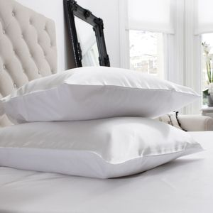 Pillowcases: Cotton & Silk Bedding at