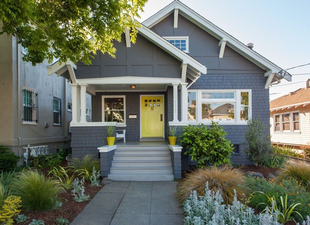 14 Insanely Easy Curb Appeal Projects You Can Do In A Day Exterior Paint Color Combinations