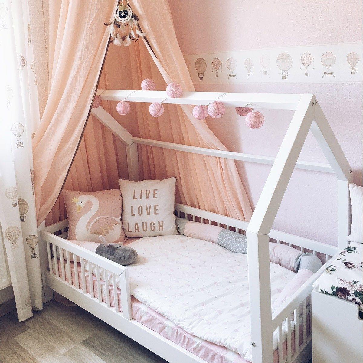 Nature Kid Hausbett aus Kiefer mit süßem Geländer