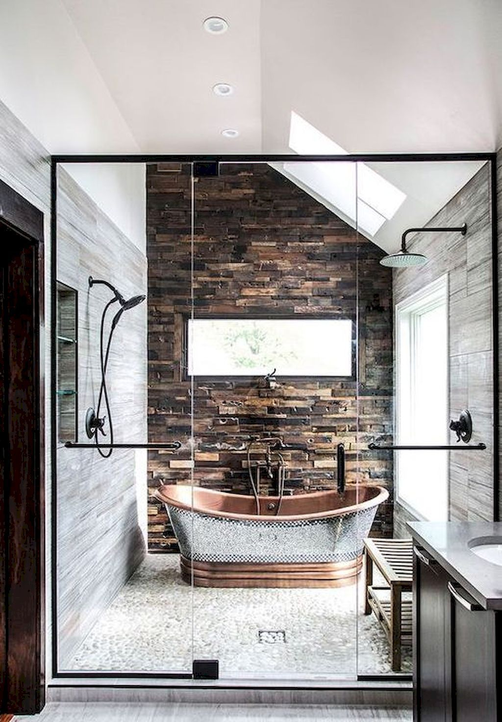 Https Homebnc Com Best Rustic Farmhouse Interior Design Ideas Farmhouseinterior: Gorgeous 95 Best Farmhouse Bathroom Decor Ideas Https://homeastern.com/2018…