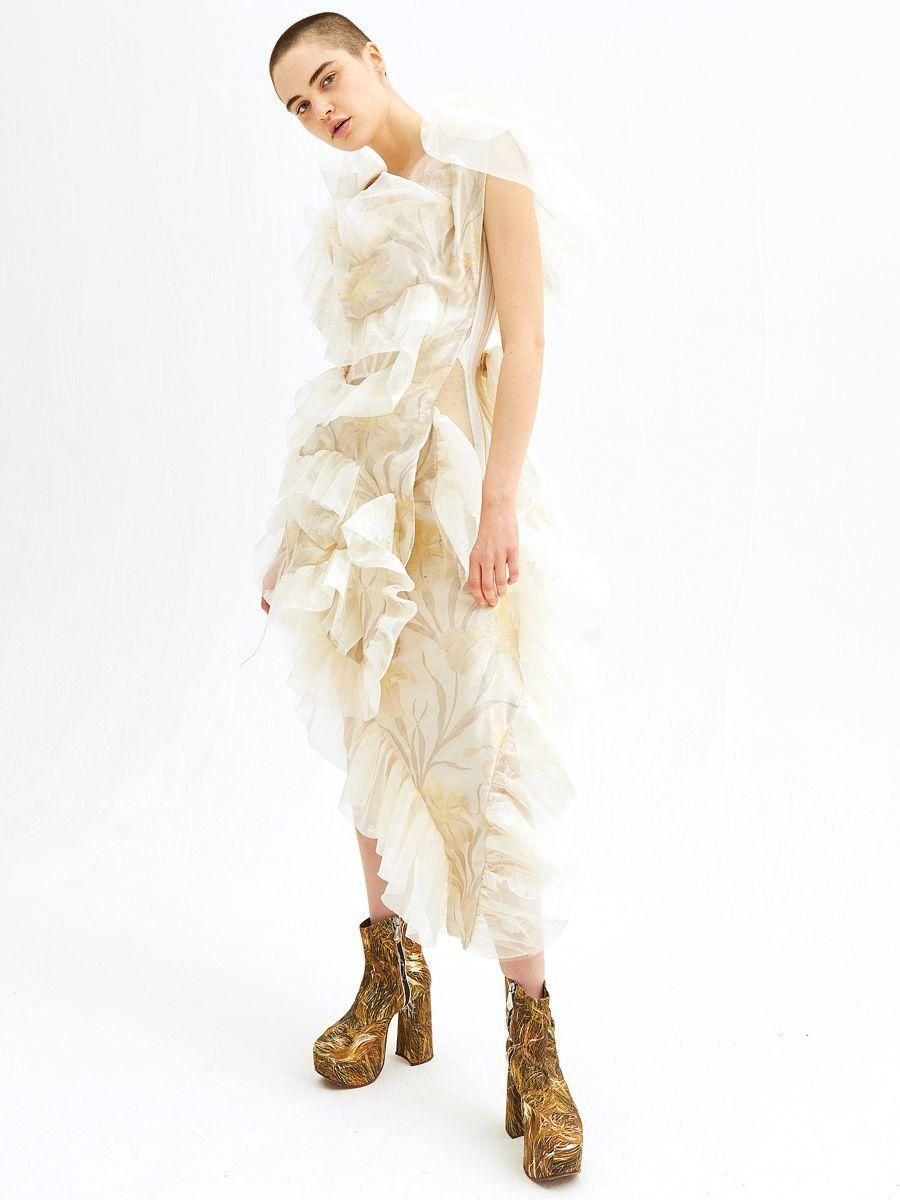 Vivienne westwood wedding dress  Vivienne Westwood FallWinter  CuttingEdge Gowns for the