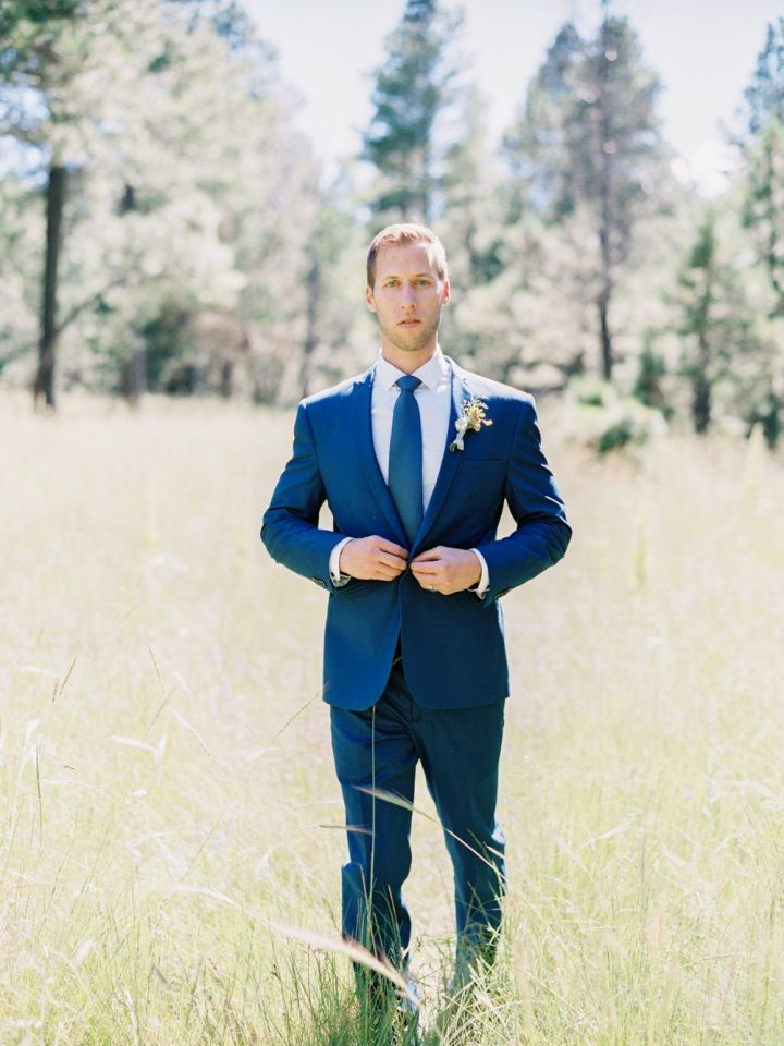 Groom style in blue suit for Fall wedding inspiration | fabmood.com #wedding #fallwedding #autumn #autumnwedding