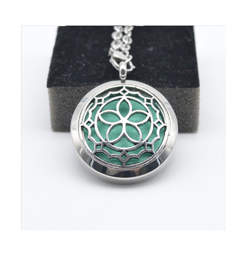 Aromatherapy Essential Oil Diffuser Necklace Young