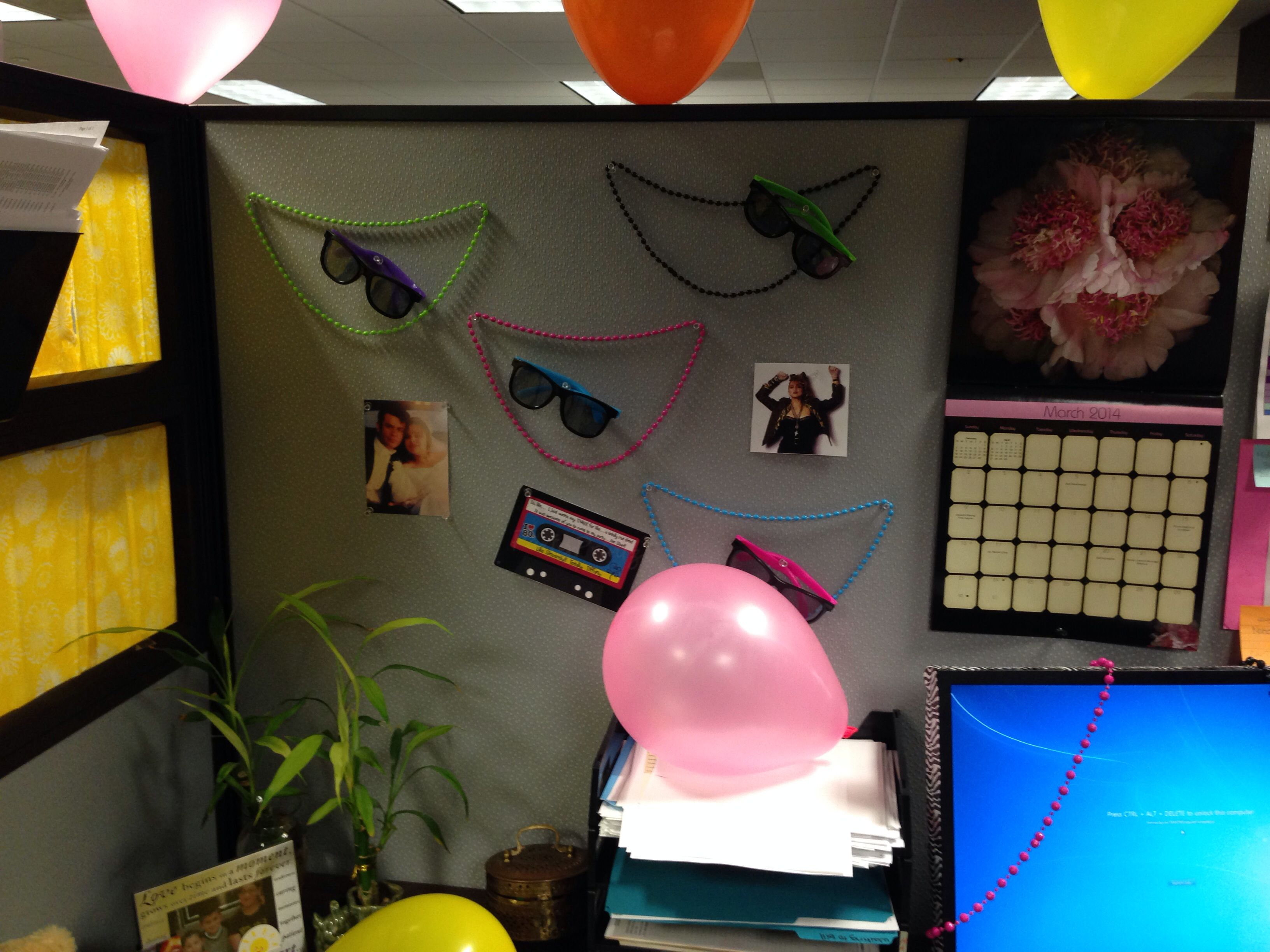 80 39 s themed cubicle decorations my own dyi and my stuff for Cool things for your cubicle