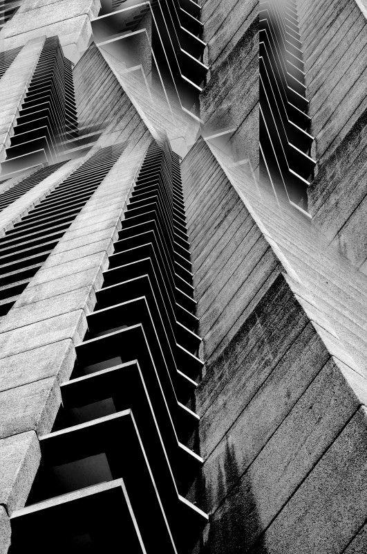 Interessante collage wo ist oben wo ist unten wei for Raumgestaltung architektur