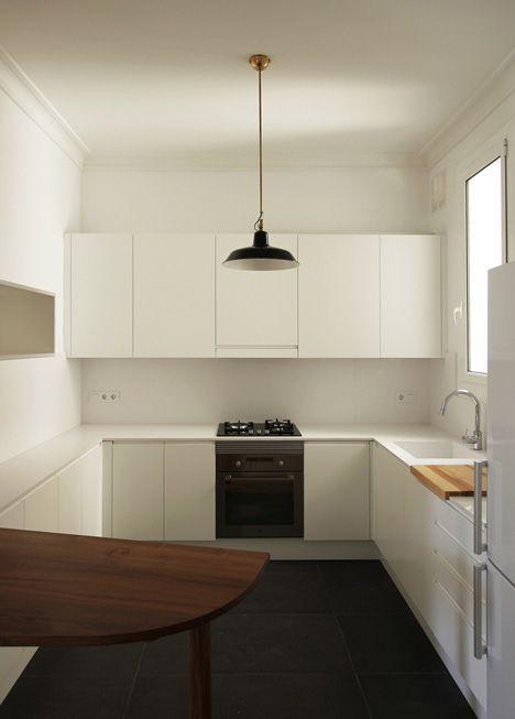 designer kuche kalea cesar arredamenti harmonischen farbtonen, renovation of an apartment in barcelona by laura bonell mas, Design ideen