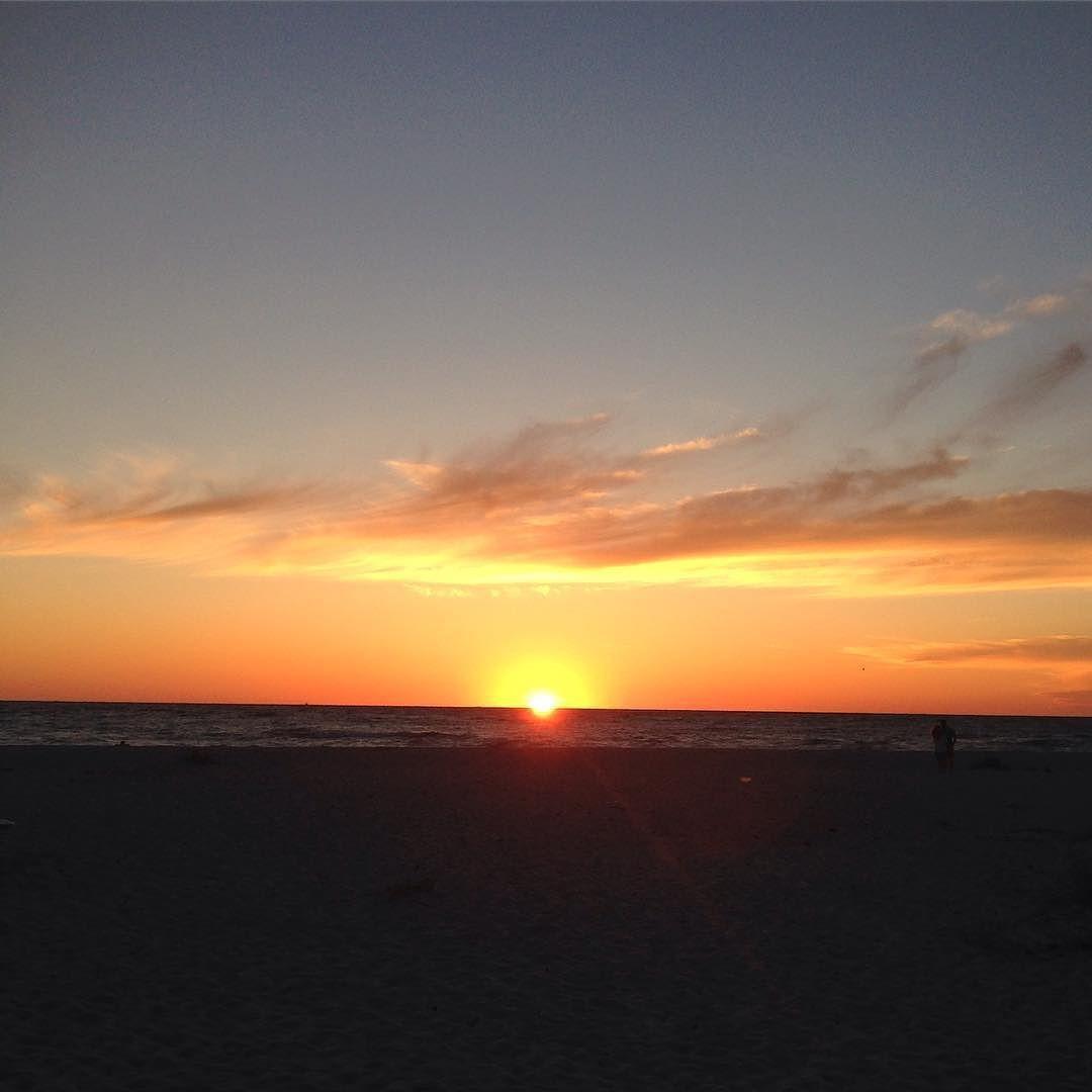 Goodnight sun #sunset #sky by dawneperle