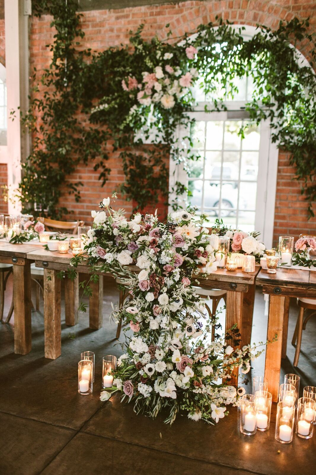 Farm Tables And More San Diego Table Rentals San Diego Wedding Rentals Southern California Wedding San Diego Wedd Wedding Table Decorations Wedding Table Wedding Arbors