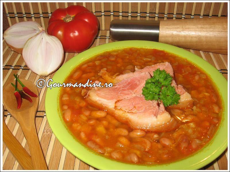 Ciorba De Fasole Boabe Cu Ciolan Afumat Food Romanian Food Recipes