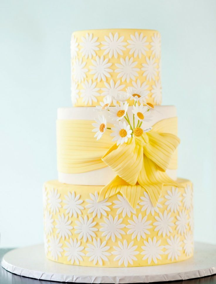 So delightful! Yellow and white spring-themed wedding cake #yellow ...