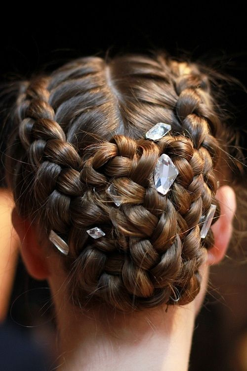 Epingle Par Zyllah Gatchalian Sur Hair Pinterest Gala Chignon