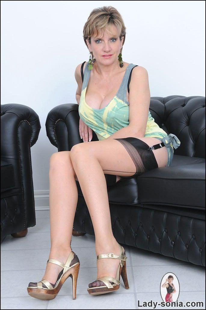 Lady Sonia.Com