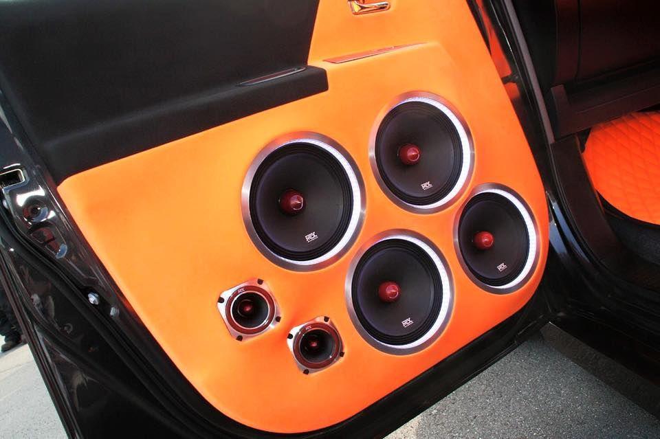 Road Thunder Extreme Speakers In A Custom Built Door Panel Mtxaudio Custom Car Audio Car Audio Installation Car Audio