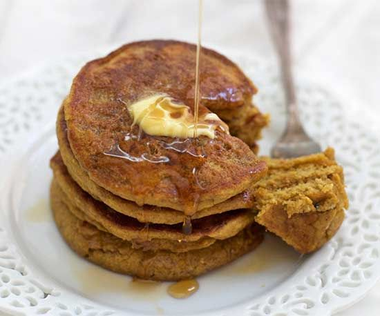 Christmas Morning Pumpkin Pancakes